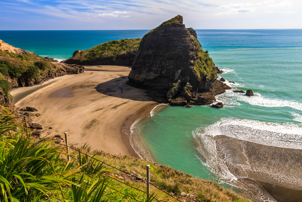 Piha Beach. Photo credit - lastminute.com